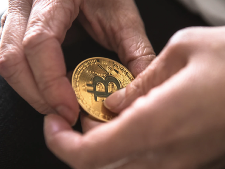 ASX issues caution for Aussies investing in crypto and contemplates exchange regulation