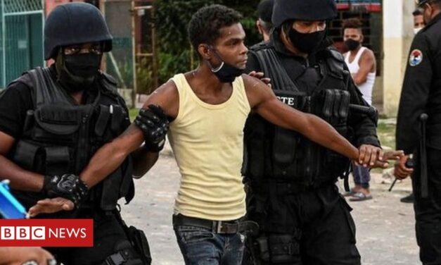 US slaps sanctions on Cuban officials after protest crackdown